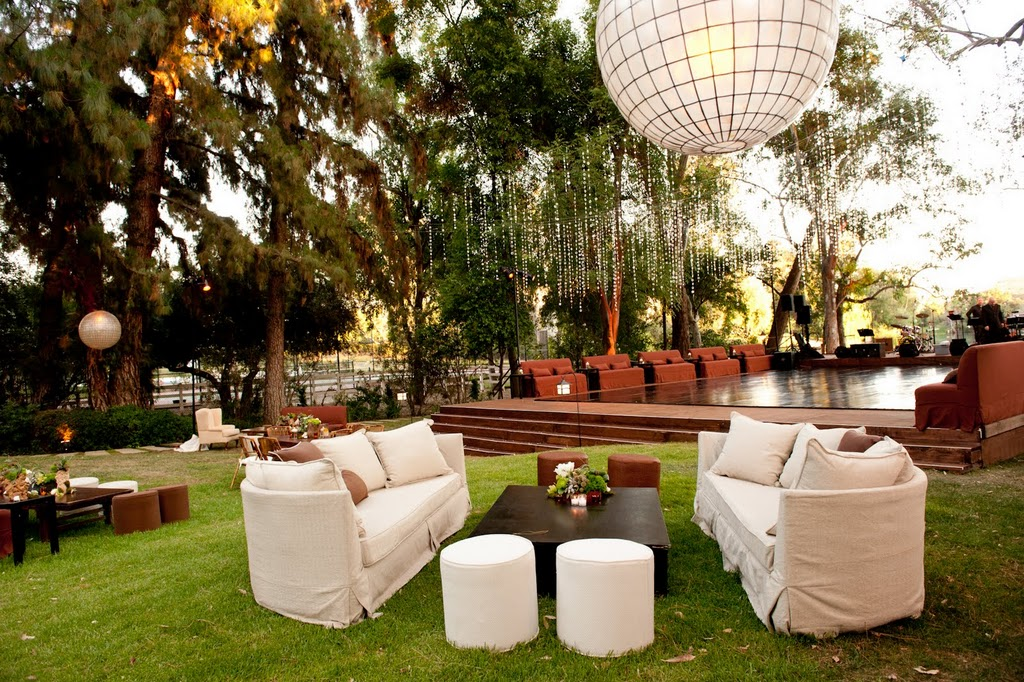 How To Host An Outdoor Party How